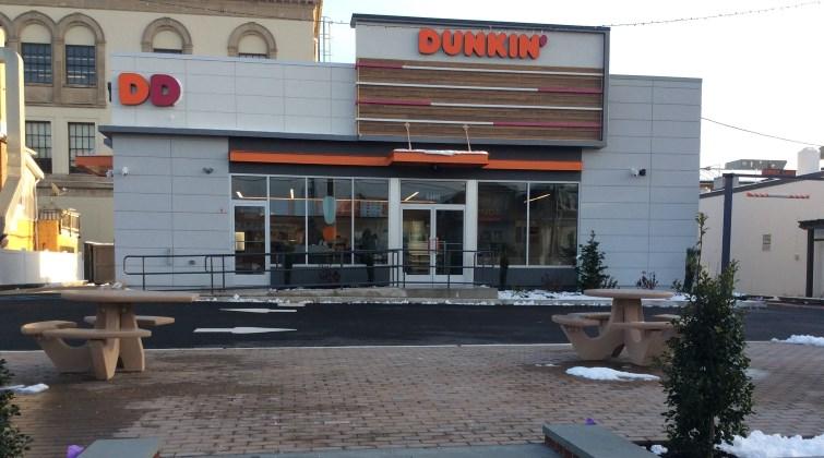 Dunkin Entrance
